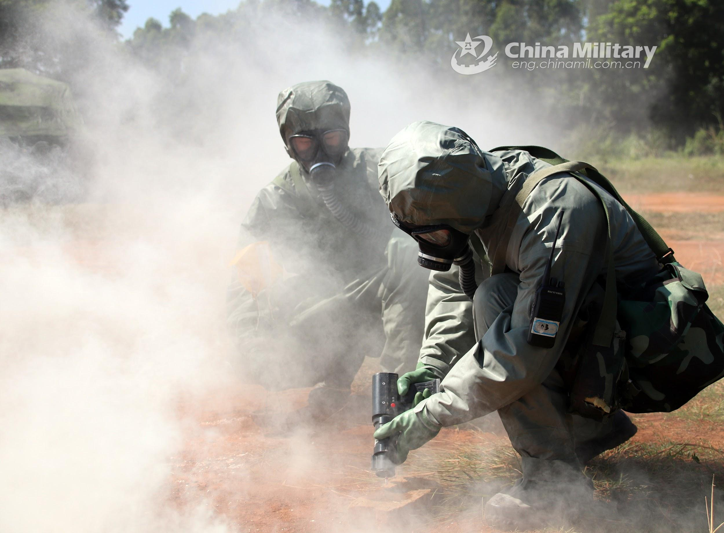 IMAGE 9: Chemical Defence battalion troops, Southern Theater Command